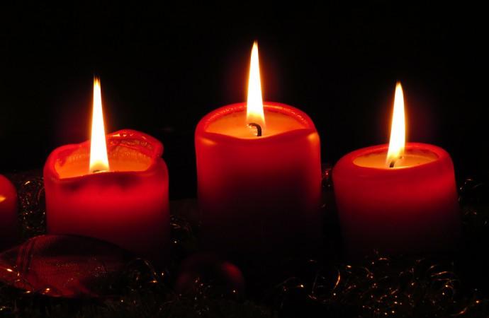 Herdenkingsdienst 'April moorden' in Sint Hendriks kerk Maartenshoef